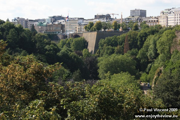 The Alzette valley. The Place de la Constitution is clearly visible, above the cliff walls.