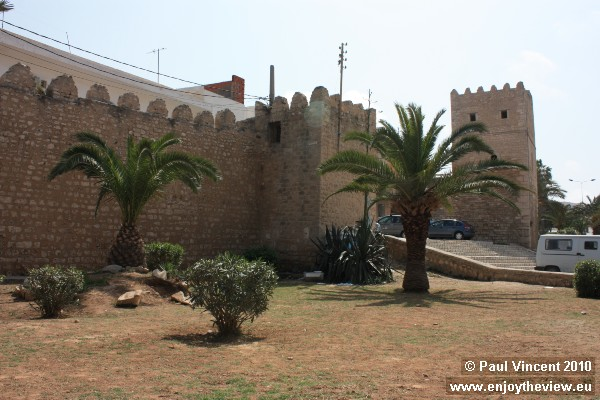 An entrance on the northern edge of the medina.