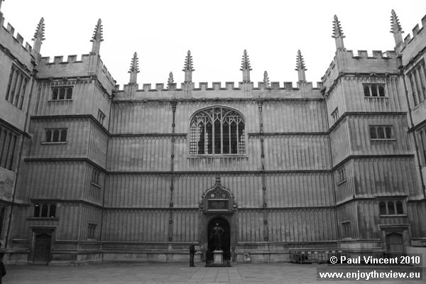 The Divinity School was built between 1427 and 1483.