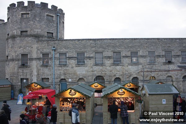 Oxford Castle hosts a small German-style Christmas Market.