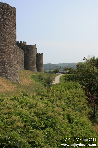 The city walls around Conwy include 21 towers, positioned at regular intervals.