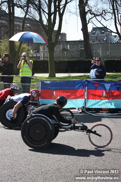 Six-time winner David Weir is seen here in second place but eventually finished fifth.