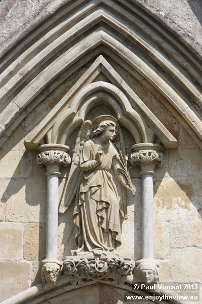 Angel of the Annunciation, on the Great West Front.