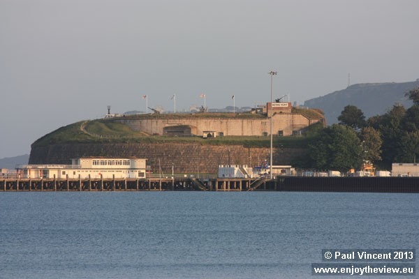 The fort played an important role in WW II, as the harbour was used by British and American navies.