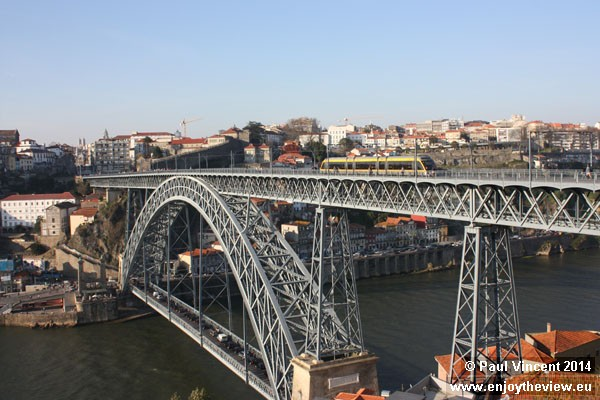 The Luís I Bridge spans the Douro River between the cities of Porto and Vila Nova de Gaia.