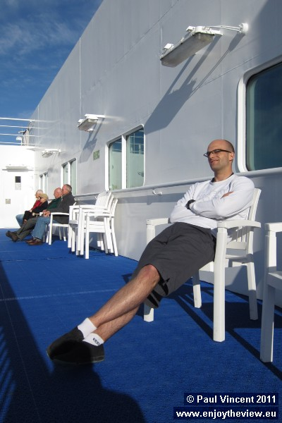 We now have time to relax ahead of our 320 km cycle ride.
